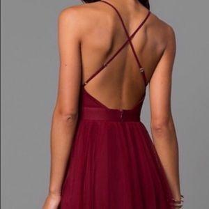 RED BACKLESS SHORT DRESS